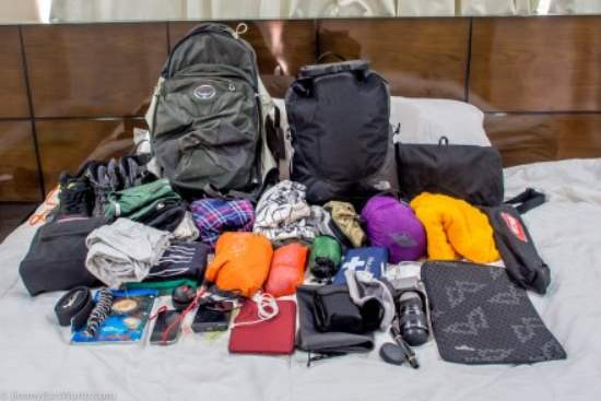 Backpacker Tips: What Clothes Should I Take?